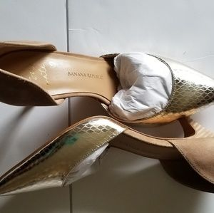 Banana Republic Shoes - Snakeskin banana republic